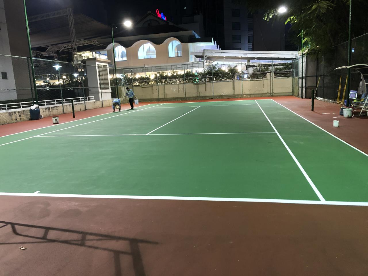 Thi công cải tạo sân tennis