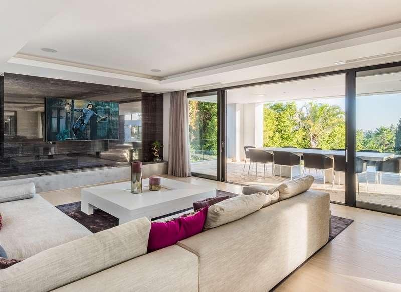 Có nên chọn phương án hoàn thiện nội thất nhà thô giá rẻ không
