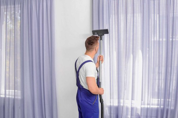 Cải Tạo Sửa Chữa Nhà Bằng Việc Thay Hoặc Giặt Sạch Sẽ Màn, Rèm.